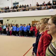 Publiczność obserwuje ze wzruszeniem ostatni występ Joanny Mitrosz