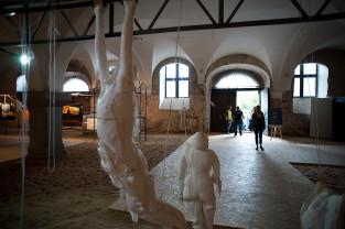 Najlepsi artyści ASP na wystawie w Zbrojowni