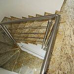 Schody kamienne zabiegowe z granitu: Colonial Gold