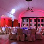 Sala balowa- przyjęcie weselne, stoły okrągłe, 120 osób