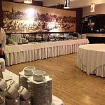 Sala barowa- przygotowania do bankietu