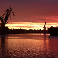 zachód widziany z mostu pontonowego na Wiśle