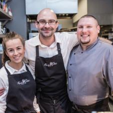 Pracownicy restauracji Przystanek Orłowo
