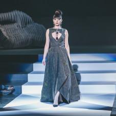 Kolekcja Black Sun: moda: Yan Novac, biżuteria: Danka Czapnik