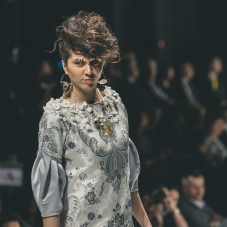 Kolekcja Platoro, moda: Emwudesign Małgorzata Wasik, biżuteria: Tomek Kargul