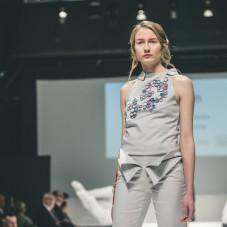 Kolekcja Freedom: moda:Joanna Szmidt, biżuteria: Marcin Tymiński