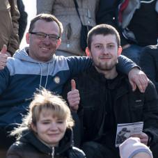 Na trybunach Patryk Beśko z ojceim Piotrem