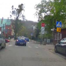 Parkowanie przed przejściem dla pieszych