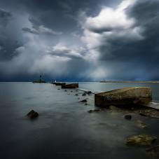 Nadchodzi burza