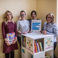Katarzyna Tusk i inicjatorki Bibliotek Małego Pacjenta
