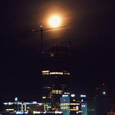 Superksiężyc nad Mordorem