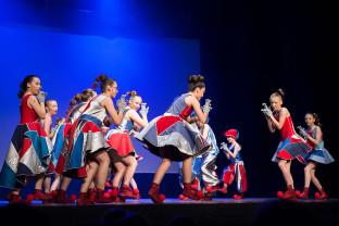 Śpiew, muzyka i akrobacje - o dziecięco-młodzieżowym musicalu