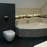 Łazienka z wanną narożną