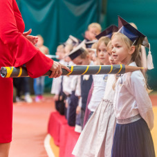 Otwarcie nowej sali gimnastycznej i pasowanie na pierwszoklasistę w SP 35 w Oliwie