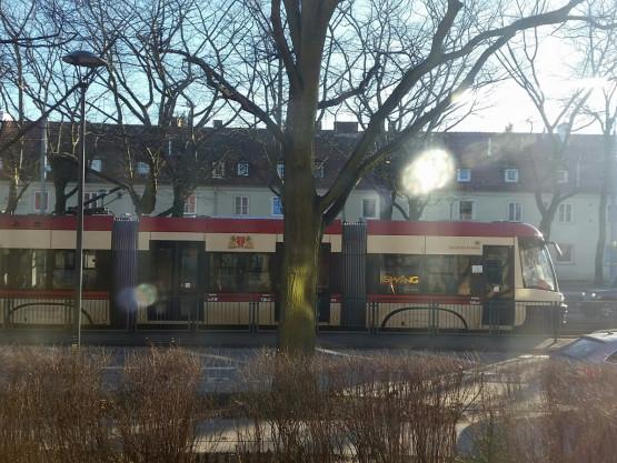Stoją tramwaje na Wojska Polskiego w kier. Oliwy