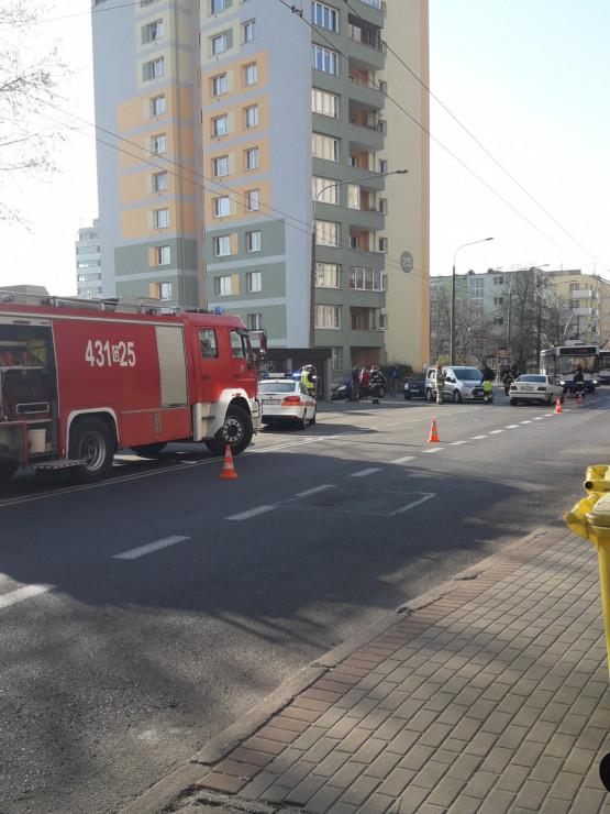 Utrudnienia na Warszawskiej w Gdyni na wysokości przychodni