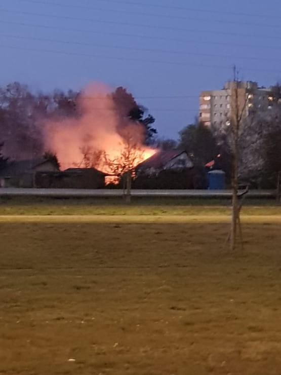 Pożar na rogu Hallera i Al. Macieja Płażyńskiego