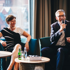 Martin Löcker, COO UBM Development, Karin Sheppard, Managing Director, IHG Europe