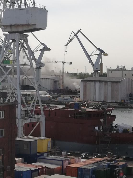 Pożar na statku w stoczni Crist w Gdyni