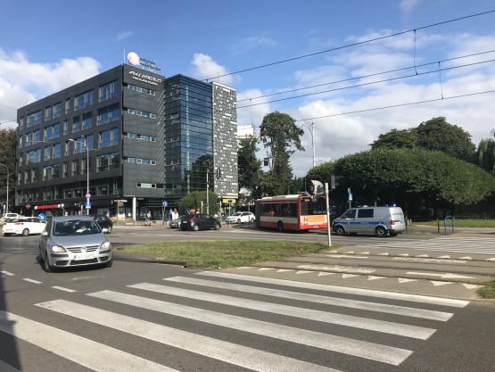 Autobus uderzył w pieszą