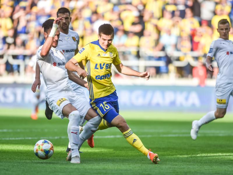 Arka Gdynia - Korona Kielce 1:1. Pierwszy punkt i gol w sezonie