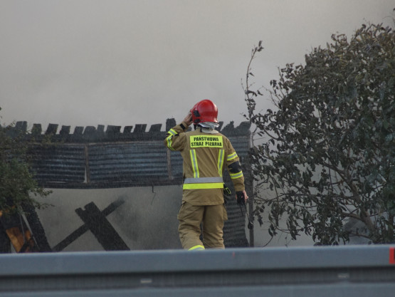Pożar pustostanu na Chyloni przy ul. Morskiej