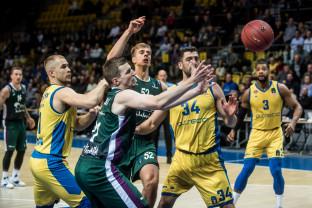 Asseco Arka Gdynia - Unicaja Malaga 59:66. Pierwsza porażka w Eurocup