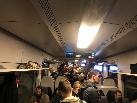 Tłok w pociągach PKM