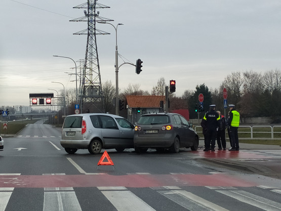 Kolizja na skrzyżowaniu Armii Krajowej i Łostowickiej