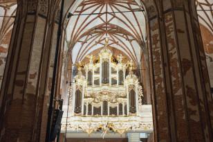 Organy boczne  w kościele św. Jana w Gdańsku