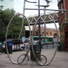 Stojak na rowerki W Manchester