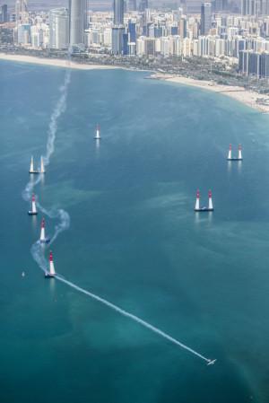 Red Bull Air Race Abu Dhabi fot.Balazs Gardi