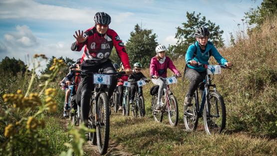 Chcesz się świetnie bawić? Po prostu dołącz na nasze wycieczki rowerowe, piesze, spływy kajakowe !