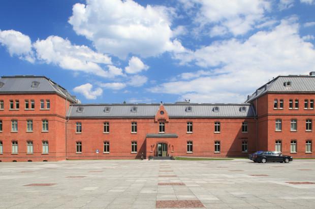Budynek Grunwaldzka 184 widziany od strony dziedzińca.