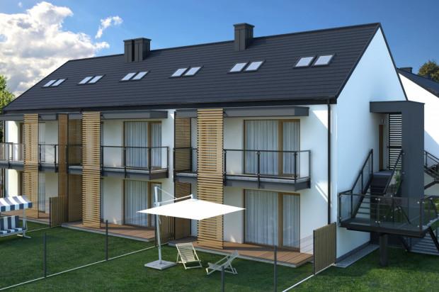 Mieszkańcy parterów do dyspozycji będą mieli własne ogródki, mieszkańcy pięter - balkony i poddasza.