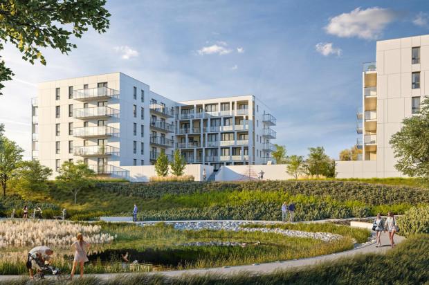 W ostatnim etapie inwestycji zagospodarowane zostanie oczko wodne. Będzie to osiedlowy teren rekreacyjny.
