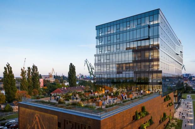 Architektonicznie budynek będzie się komponował ze stoczniowym otoczeniem.