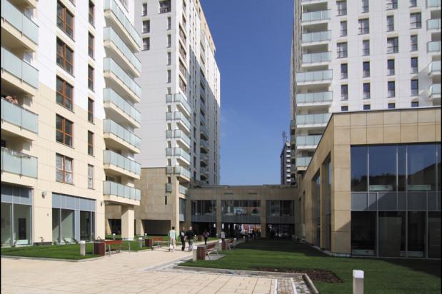 Wewnętrzne patio dostępne jest tylko dla mieszkańców czterech wież.