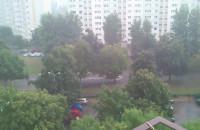 KIlka minut deszczu i studzienki nie dają rady