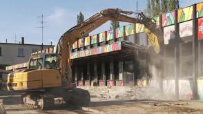 Wyburzanie dworca w Sopocie