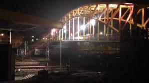 Nocny montaż wiaduktu Nowej Wałowej
