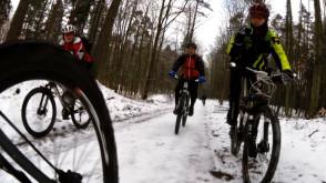 Zimowy wypad rowerowy przez lasy trójmiejskie