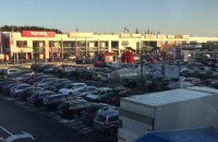 Tłumy na zakupach w centrum na Matarni