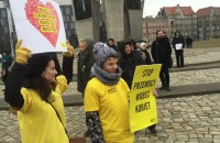 Początek manifestacji na placu Solidarności