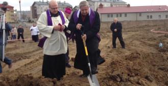 Rozpoczęcie budowy kościoła pw. św. Jana Pawła II na Lostowicach
