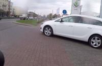 Kierowcy nie zwracają uwagi na rowerzystów
