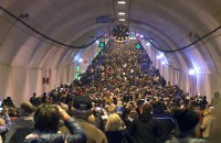 Tysiące zwiedzających w tunelu pod Martwą Wisłą
