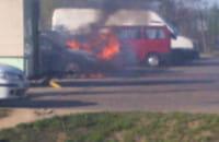 Dwa auta w płomieniach na Matarni