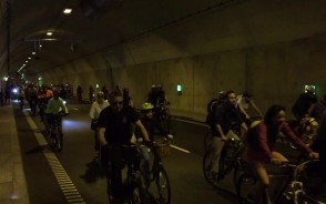 Wielki Przejazd Rowerowy w tunelu pod Martwą Wisłą
