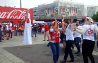 Polscy kibice bawią się w Paryżu przed meczem z Niemcami